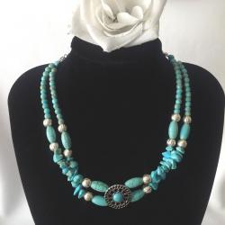 17 Inch Two Stranded Magnesite and Jade Necklace and Bangle Bracelet Set
