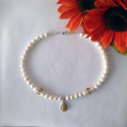 19.5 Inch Fresh Water Cultivated White Pearl Necklace and Earring Set